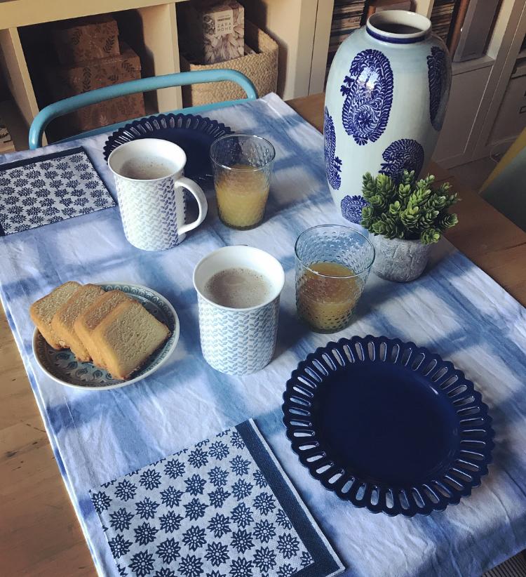 Un Desayuno lleno de Azul
