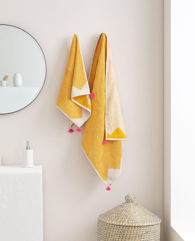 Toalla Motivos Geometricos de Zara Home